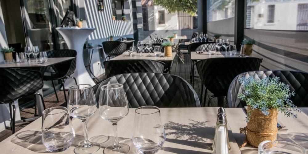Véranda 30 couverts - L'opus - Restaurant bistro à Venelles